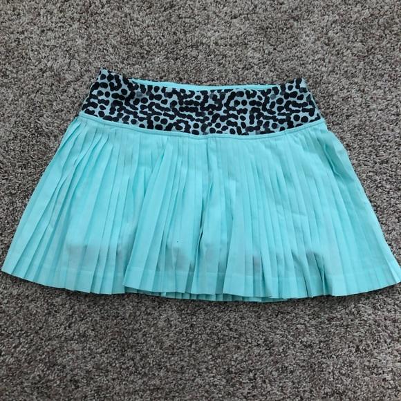 lululemon athletica Dresses & Skirts - Lululemon sea foam/aqua blue skirt size 2